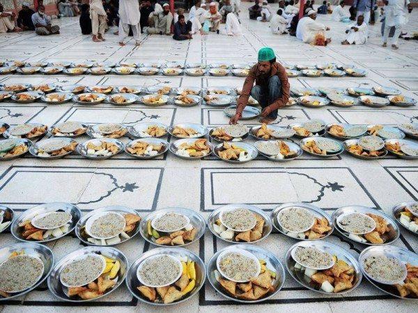 pakistan-iftar-sofrasi