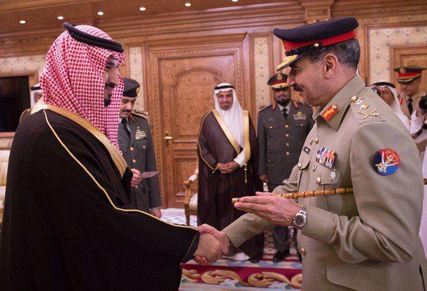 ولي ولي العهد السعودي يستقبل رئيس الأركان الباكستاني في الرياض