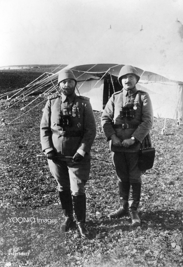 Cemal Paşa with his chief of staff Ali Fuad Erden before the attack on the Suez canal