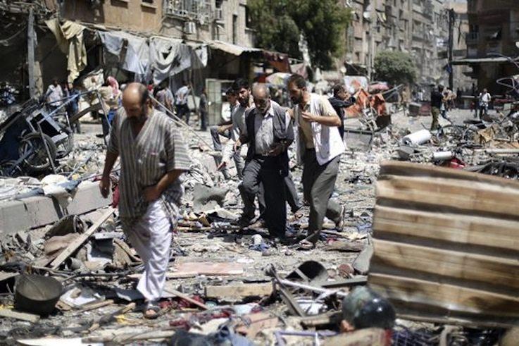 La ville de Douma, près de Damas, a été visée par des frappes du régime de Bachar Al-Assad, dimanche 16 août. SAMEER AL-DOUMY / AFP