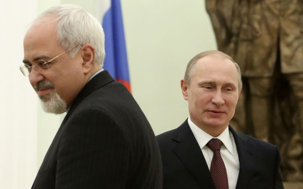 """علاقات """"عكس السير"""" بين بوتين وظريف؟"""