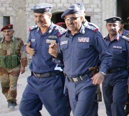 اللواء محمد صالح الأحمر قائد القوات الجوية المخلوع