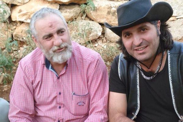 """نوح زعيتر بجانب مسؤول قطاع بعلبك في """"حزب الله"""" السيد حسين نصرالله..... """"كلّن يعني كلّن""""!"""