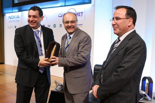 نزار زكا أثناء مؤتمر في دمشق في 2011