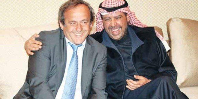 """الفرنسي ميشال بلاتيني معرّض للحظر مدى الحياة من """"الفيفا"""" بتهمة.. الرشوة!"""