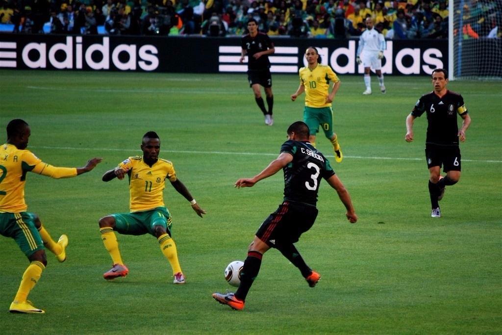Chris Eaton a commencé à intervenir au sein de la FIFA quand il dirigeait la commission de sécurité lors de la Coupe du Monde 2010 en Afrique du Sud.