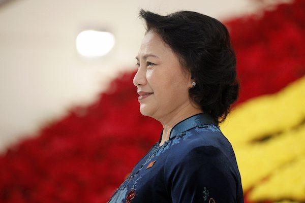 رئيسة البرلمان، نيغوين تي كيم نغان باري