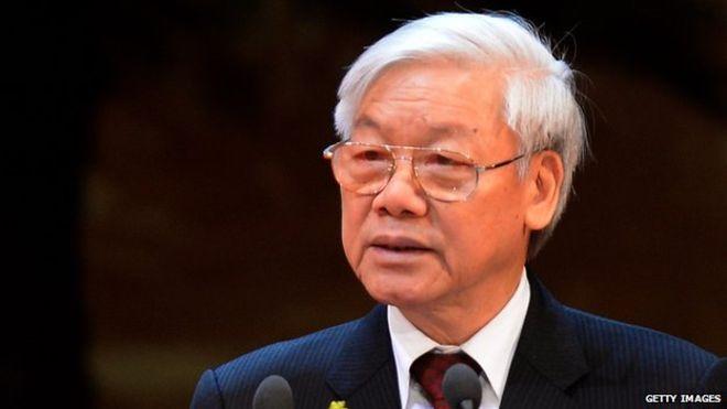 نيغوين فو ترونغ، الأمين العام للحزب الشيوعي منذ ٢٠١١، محافظ سياسياً، ويحبّذ التقارب مع الصين