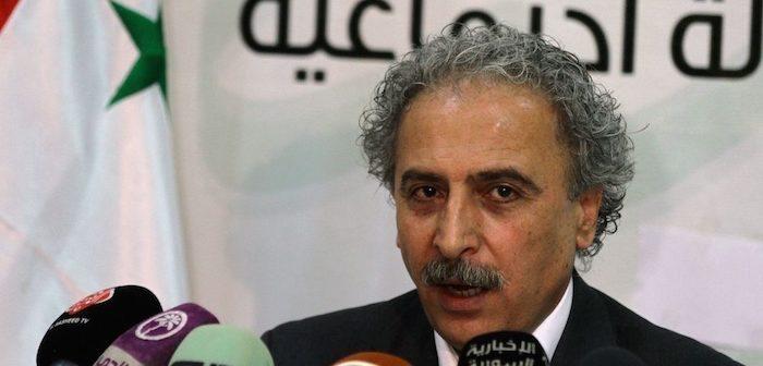 لؤي حسين: حرب سوريا انتهت والأسد باقٍ.. لنَعُد إلى النضال السياسي!