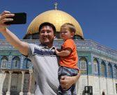 """""""خونة""""؟:  الفلسطينيون ومفتي القدس يحثّون المسلمين على زيارة القدس"""