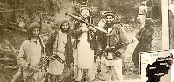"""""""بروج مشيدة"""": جمال خاشقجي، رجل المخابرات، و""""الإخواني"""" صديق بن لادن وعبدالله عزام"""