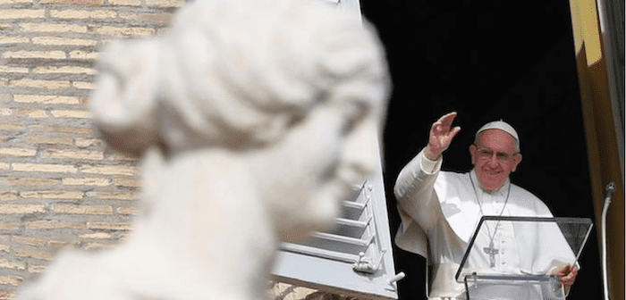 Conservatives want Catholic bishops to denounce pope as heretic