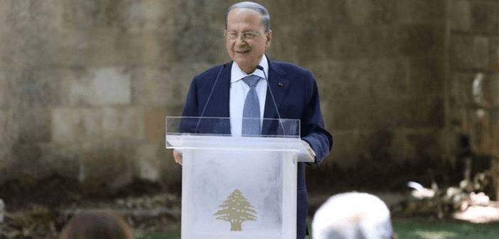 Stratégie de défense: pour les souverainistes, Aoun en quête de parade